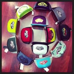 Les casquettes envahissent le net